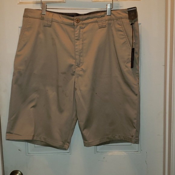 O'Neill Other - **NEW**WITH TAGS. Mens O'Neil kacki shorts